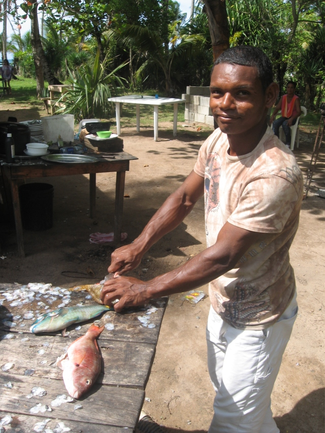 All in a day's work. Fisherman in Samana, Dominican Republic (Photo: S.G.)