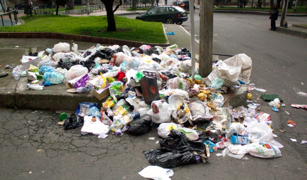 Garbage issues in Bogota: A different kind of white trash