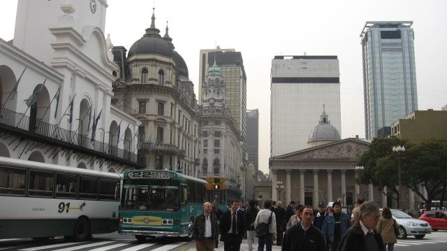 Argentina 220