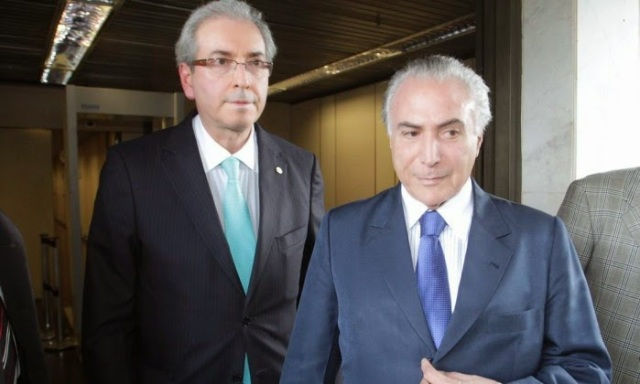 Cunha and Temer, split the role of Frank Underwood in the Brazilian version of the popular drama.